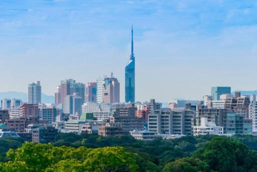 福岡市、民泊規制緩和に伴うガイドラインを発表。フロント設置義務緩和も、10分圏内に管理事務所設置を義務付け。〜MINPAKU.Biz