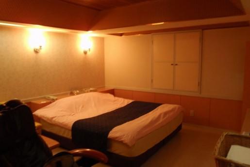 楽天トラベル、ラブホテルを掲載へ。訪日客増加で〜民泊専門メディア Airstair