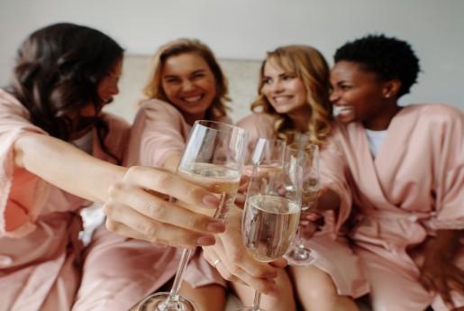 全国のホステルに泊まり放題の「Hostel Life」が新サービス「多拠点シェアハウス」と「ホステル暮らしパス」を開始 〜MINPAKU.Biz