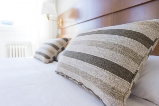 【調査】ホテルでの睡眠に満足した宿泊客はたったの3割 良質な睡眠の提供に勝算ありか~Airstair